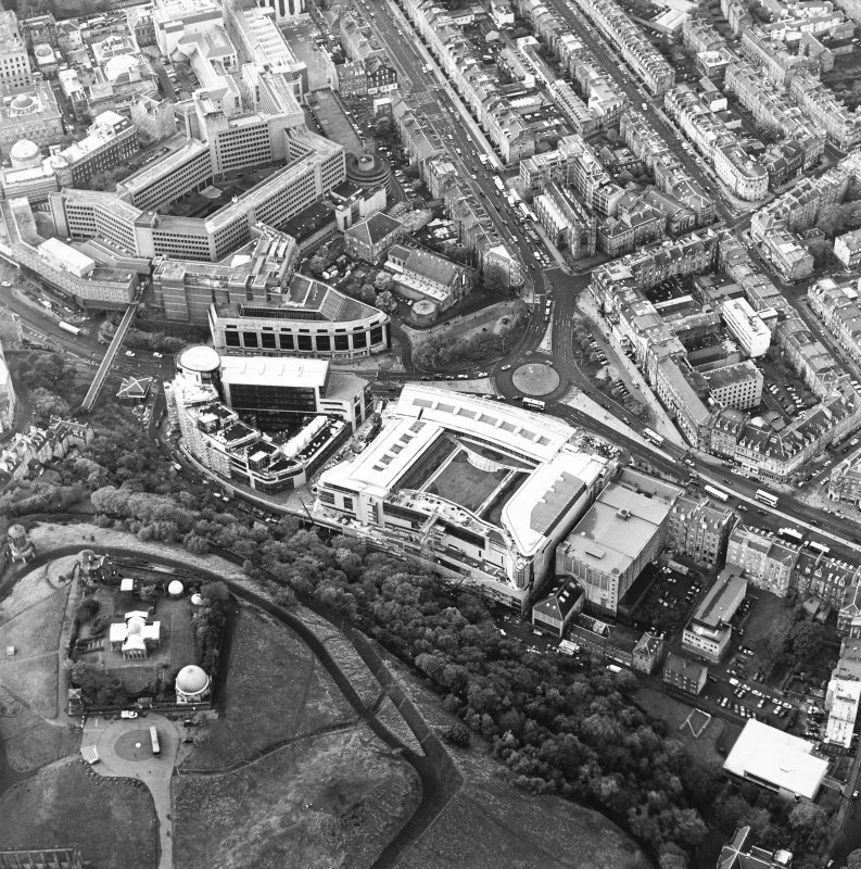 Oblique aerial view of Greenside Place, with the observatory and Cathedral adjacent, taken from the E.
