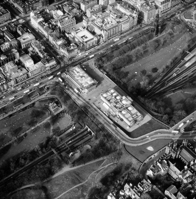 Aerial view showing The Mound, with National Gallery of Scotland and Royal Scottish Academy.