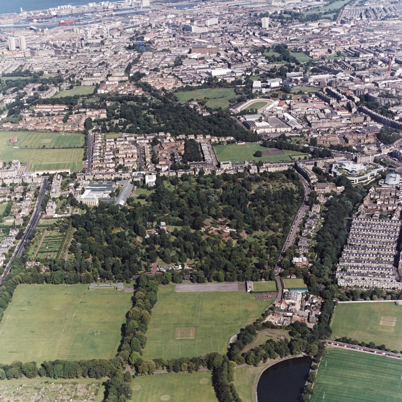 Edinburgh, oblique aerial view, taken from the SW, centred on the Royal Botanic Gardens with the Stockbridge Colonies to the centre right. Powderhall Stadium and the Tanfield headquarters of Standard Life Assurance are visible in the top half of the photograph.