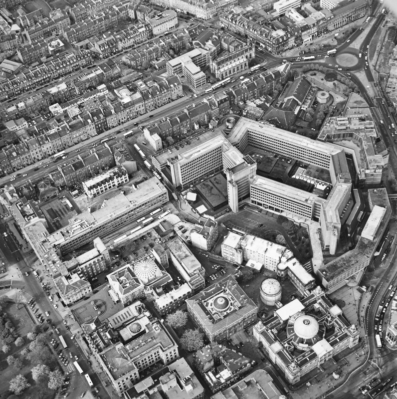 Oblique aerial view of Edinburgh centred on the St Andrew's Square Bus Station before demolition, taken from the SSW.