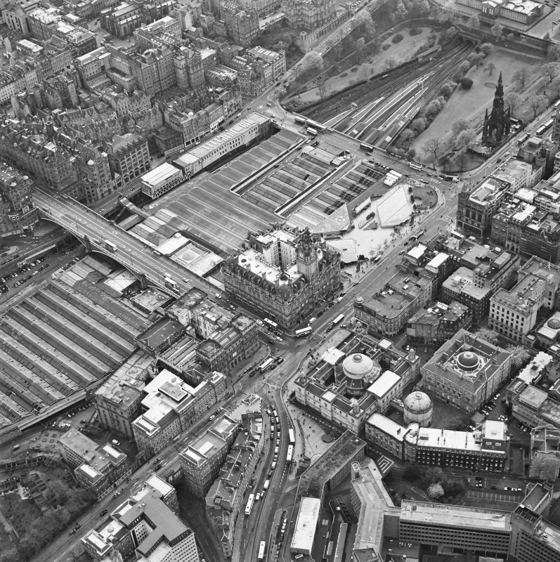 Oblique aerial view of Edinburgh centred on the General Register House, taken from the NE.