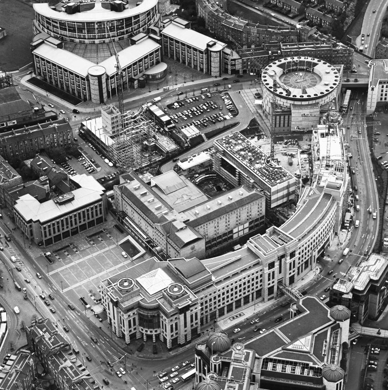 Oblique aerial view centred on the hotel, offices and conference centre with Scottish Widows offices adjacent, taken from the NNE.