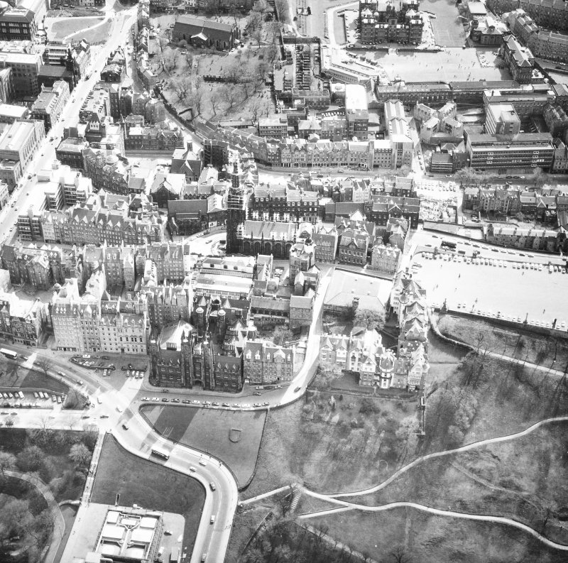 Aerial view of Castlehill and Lawnmarket.