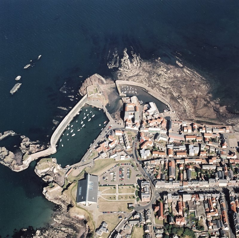 Oblique aerial view centred on Dunbar harbour, taken from the WSW.