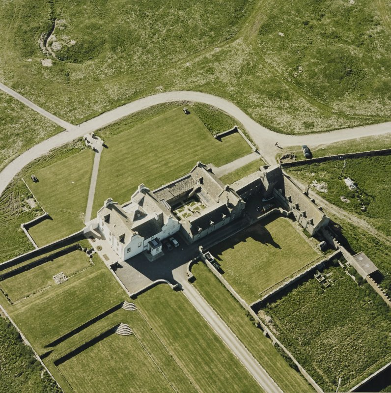 Aerial view of Orkney, Bay of Skaill, Skaill House and gardens, taken from the SE. Also, visible is the central courtyard of the house.
