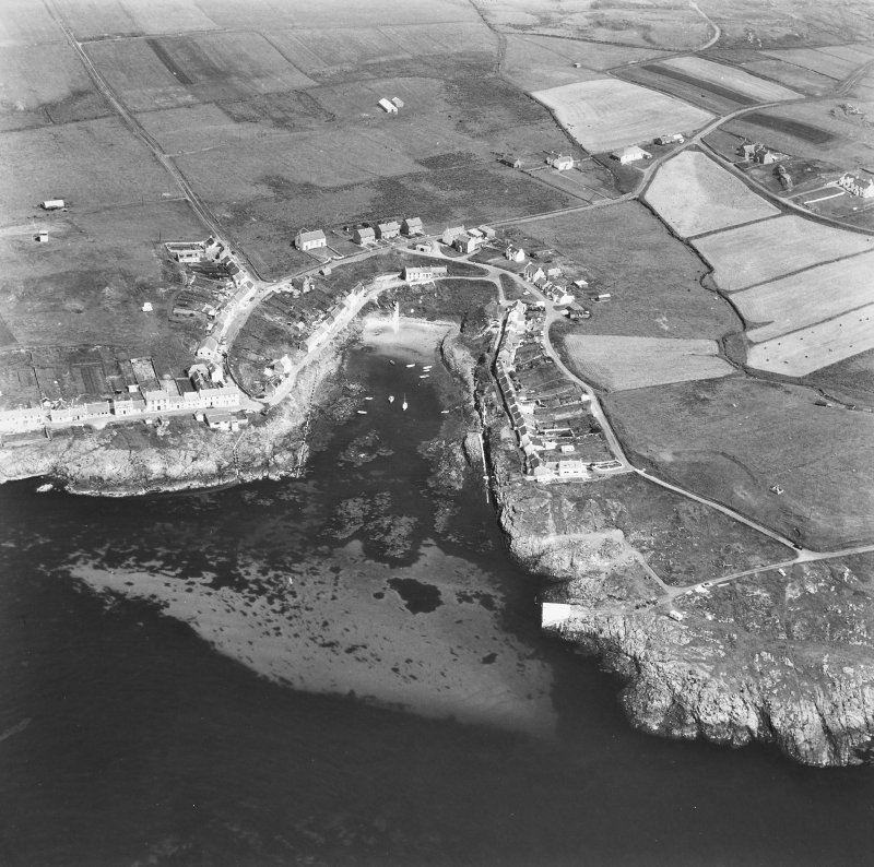 Portnahaven, Islay. Aerial view from West.