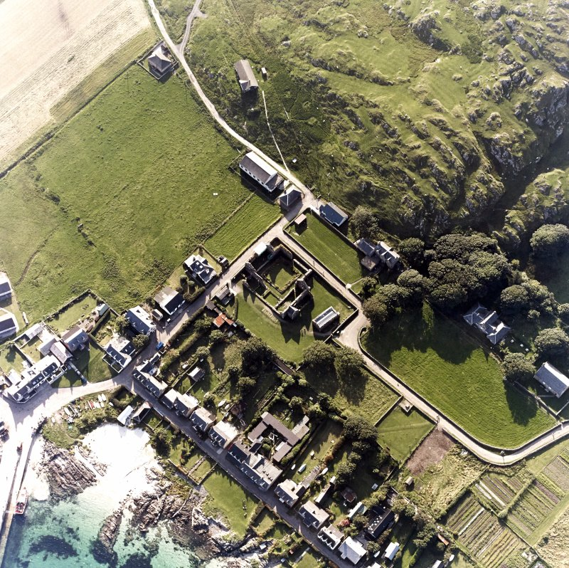 Iona, Iona Nunnery, Church & Manse. Oblique aerial view from North-East.