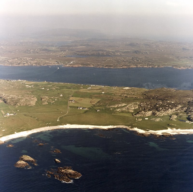 Iona, general. Oblique aerial view from West.