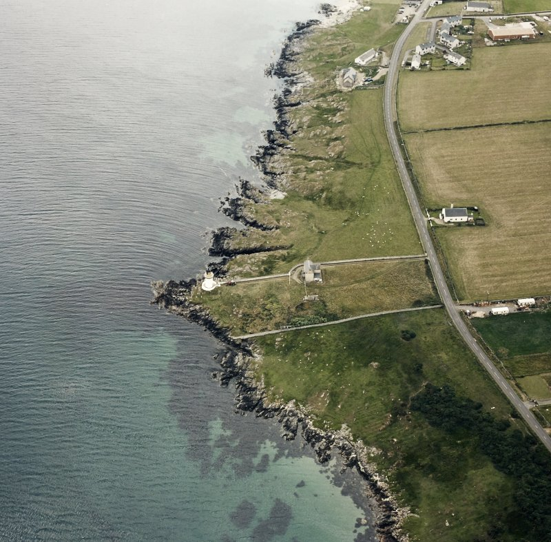 Oblique aerial photograph of Loch Indaal Lighthouse, Islay, taken from the NNE.