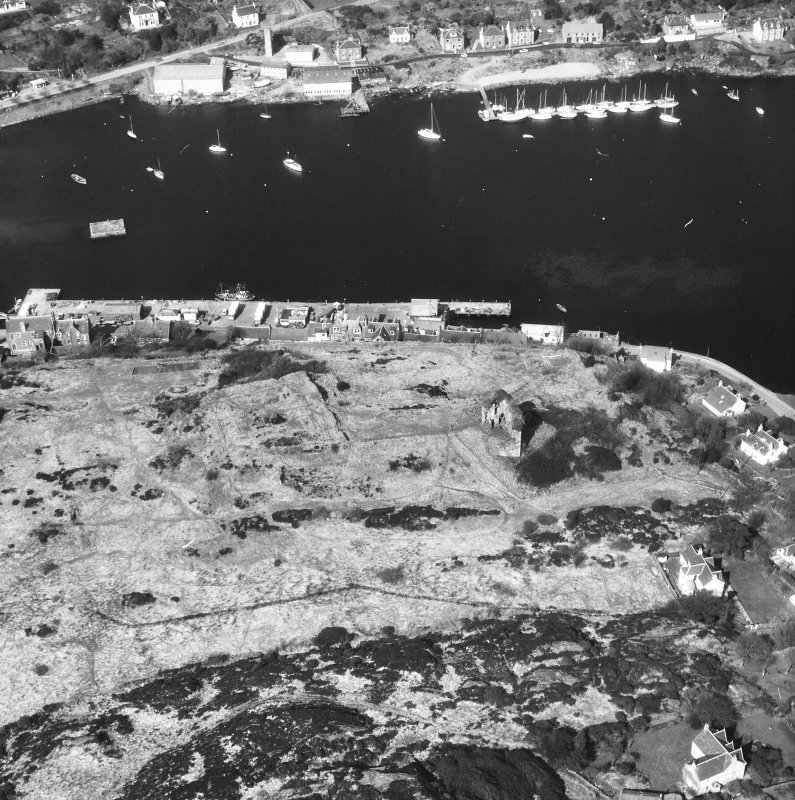 Tarbert, Tarbert Castle. Oblique aerial view from South.