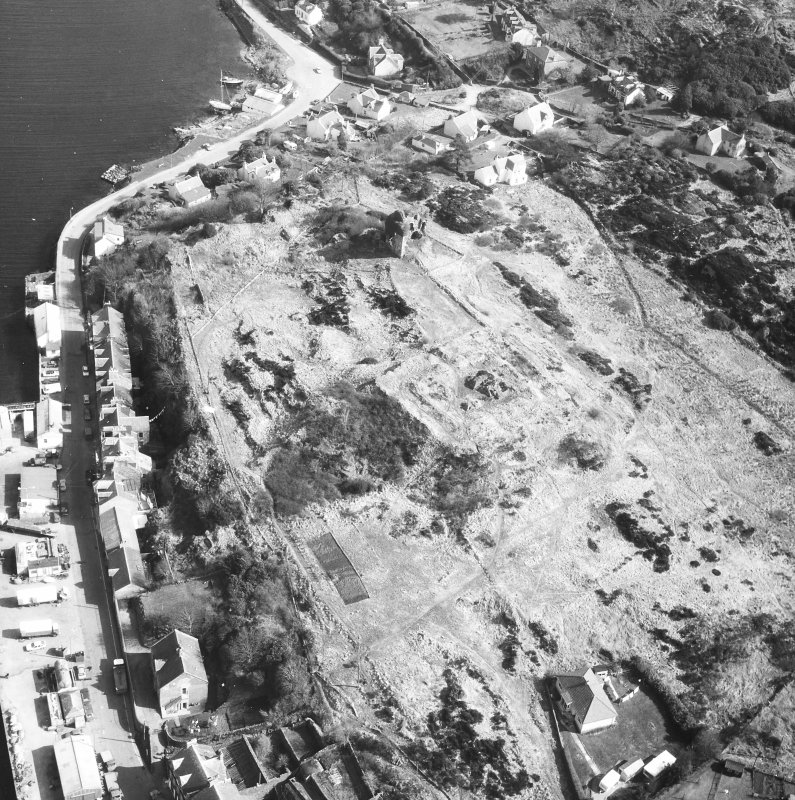 Tarbert, Tarbert Castle. Oblique aerial view from South-West.