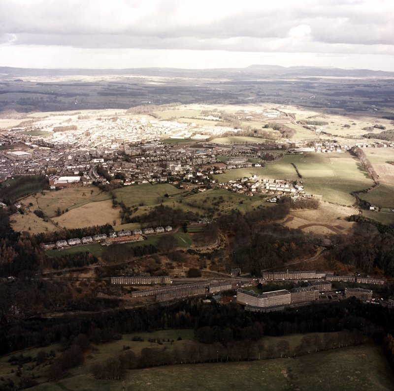 General oblique aerial view looking over New Lanark towards Lanark, taken from the SW.