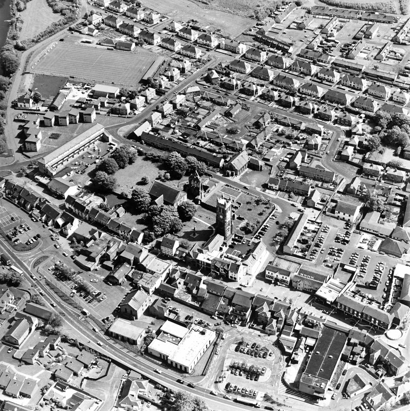 Aerial view of Kilwinning, centred on Kilwinning Abbey, taken from the NNW.
