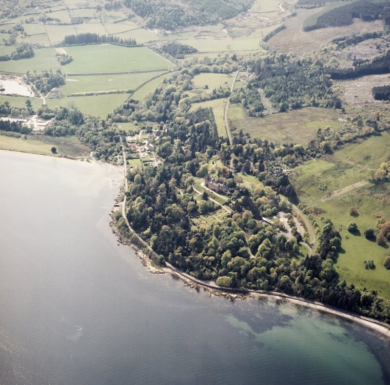 General oblique aerial view centred on the country house and walled garden, taken from the E.