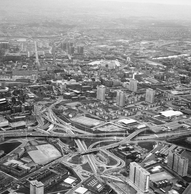 Glasgow, City Centre. General aerial view.