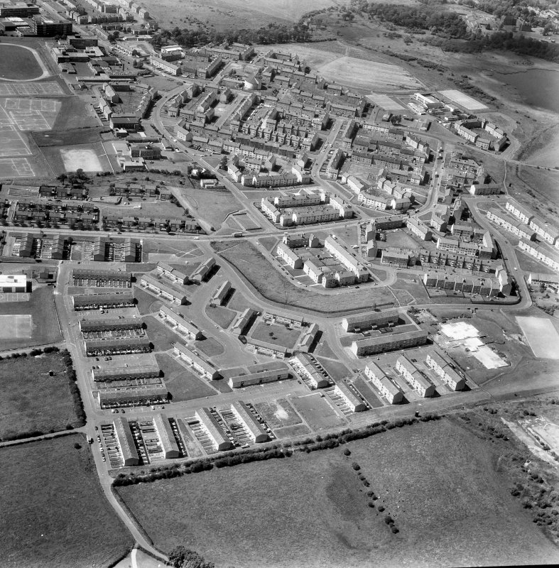 Glasgow, Easterhouse, General. General oblique aerial view.