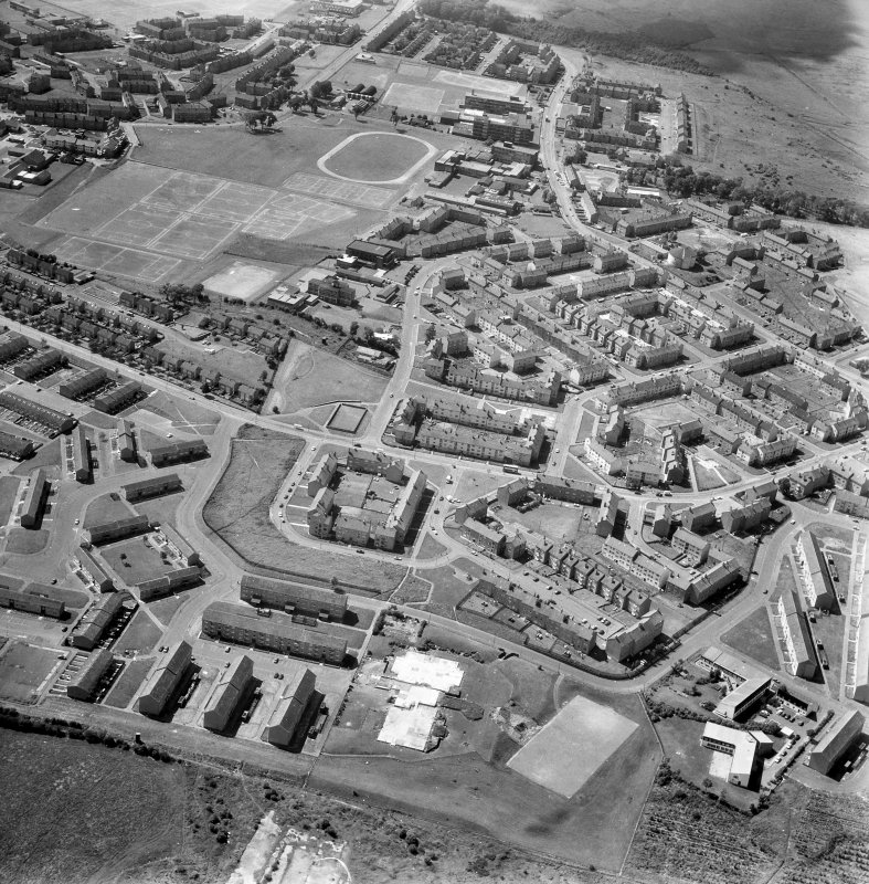 Glasgow, Easterhouse, General. General oblique aerial.