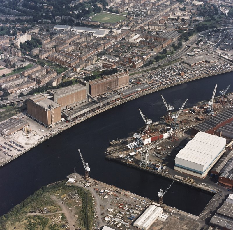 Govan, oblique aerial view of Kvaerner Govan Yard and Meadowside granaries.
