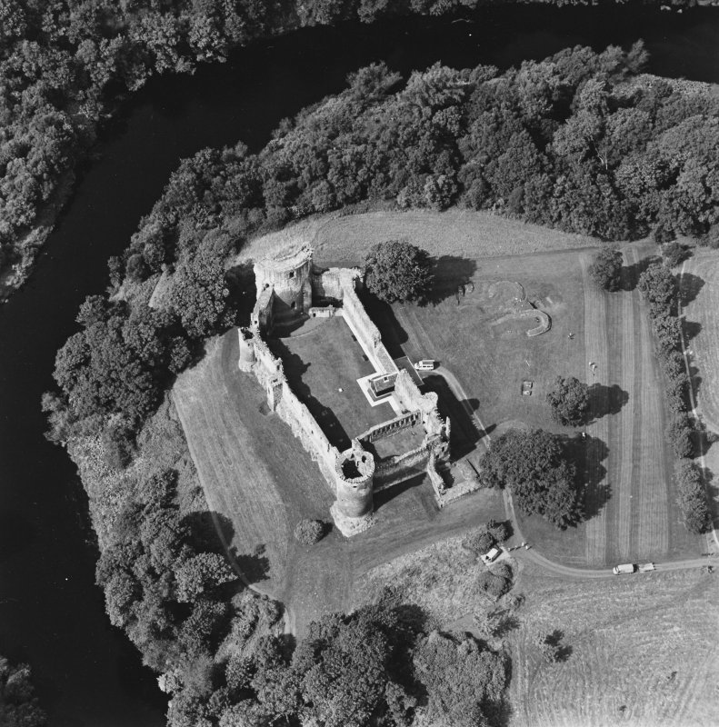 Bothwell Castle, oblique aerial view, taken from the E.