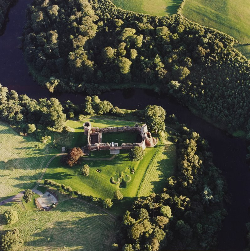 Bothwell Castle, oblique aerial view, taken from the N.