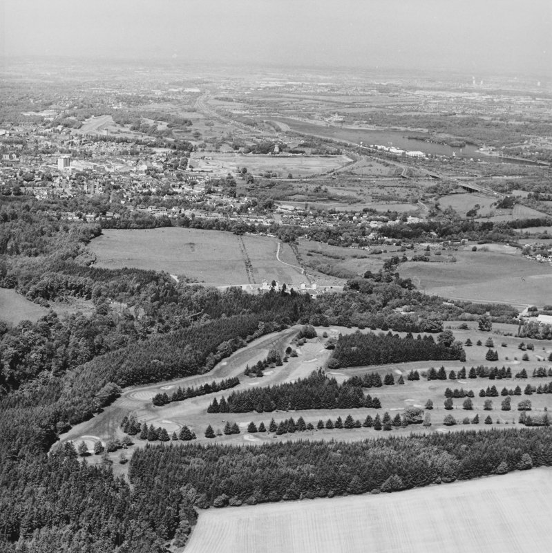 General aerial view of Chatelherault, Cadzow Castle and Hamilton Mausoleum, taken from the SSE.