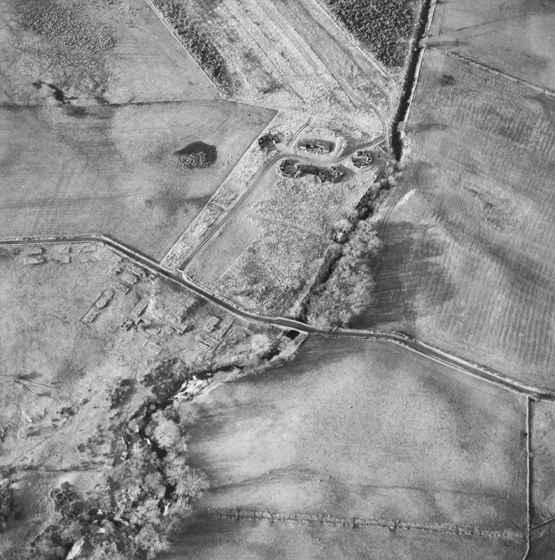 Oblique aerial centred on the remains of the anti-aircraft battery, taken from the E.