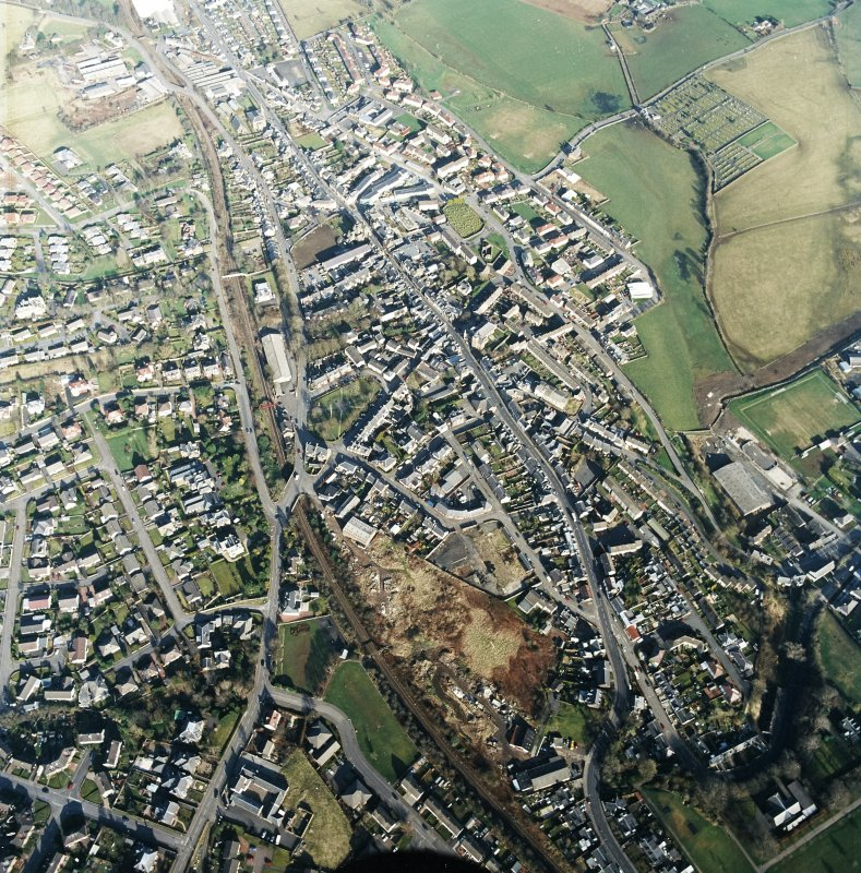 General oblique aerial view centred on the town centre taken from the WSW.