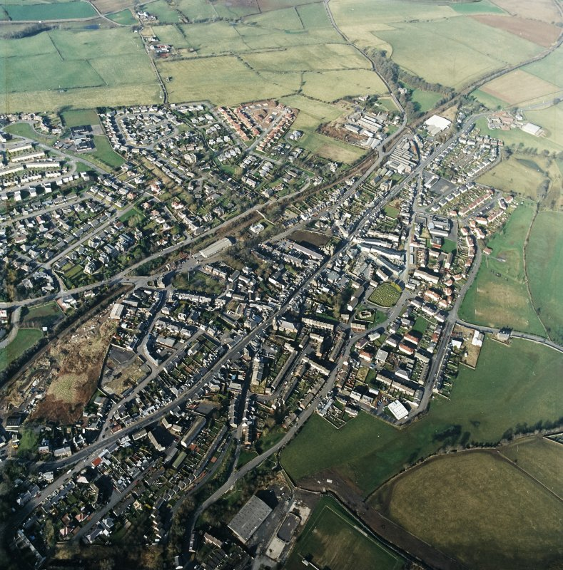 General oblique aerial view centred on the town centre taken from the S.