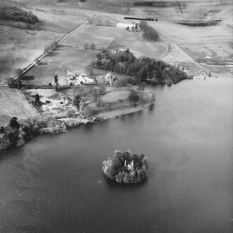 Clunie Castle Hill/Loch of Clunie/St Catherine's Chapel. General oblique aerial view.