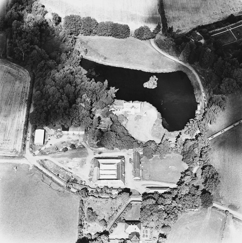 Ecclesiamagirdle, oblique aerial view, taken from the SSE, centred on the remains of the chapel.
