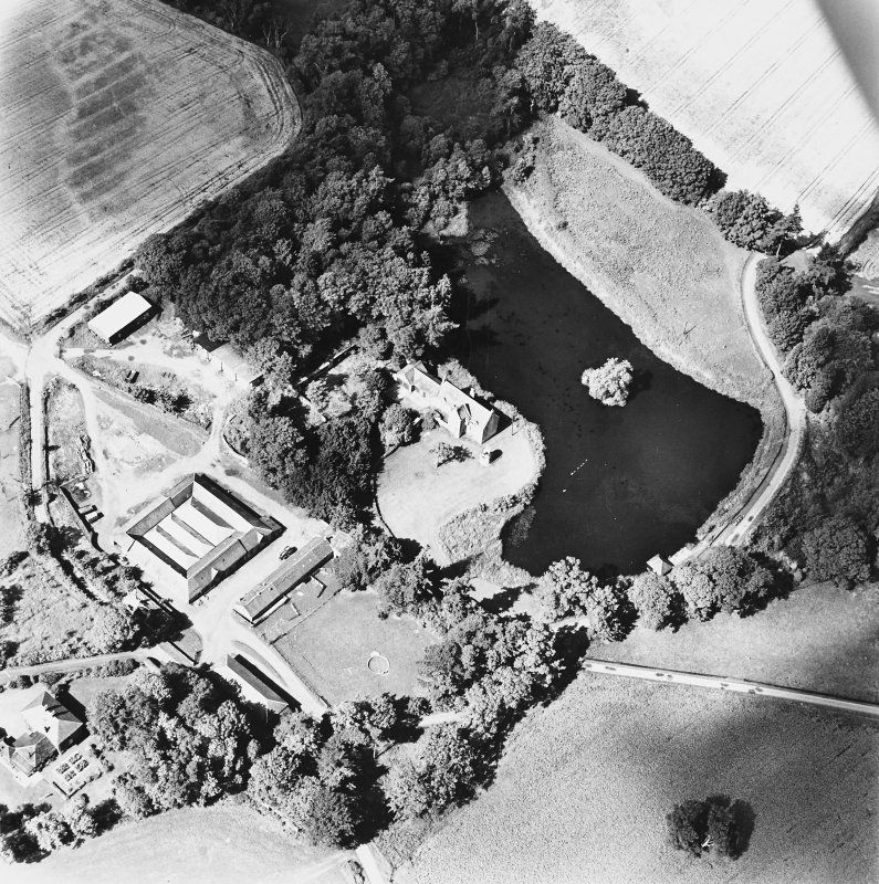Ecclesiamagirdle, oblique aerial view, taken from the ESE, centred on the remains of the chapel.