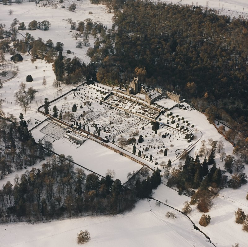 Drummond Castle, Formal Gardens and Policies, oblique aerial view, taken from the SE.