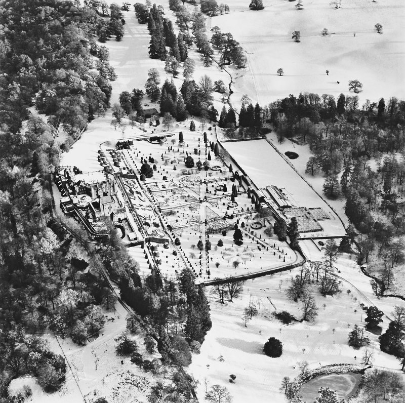 Drummond Castle, Formal Gardens and Policies, oblique aerial view, taken from the W.