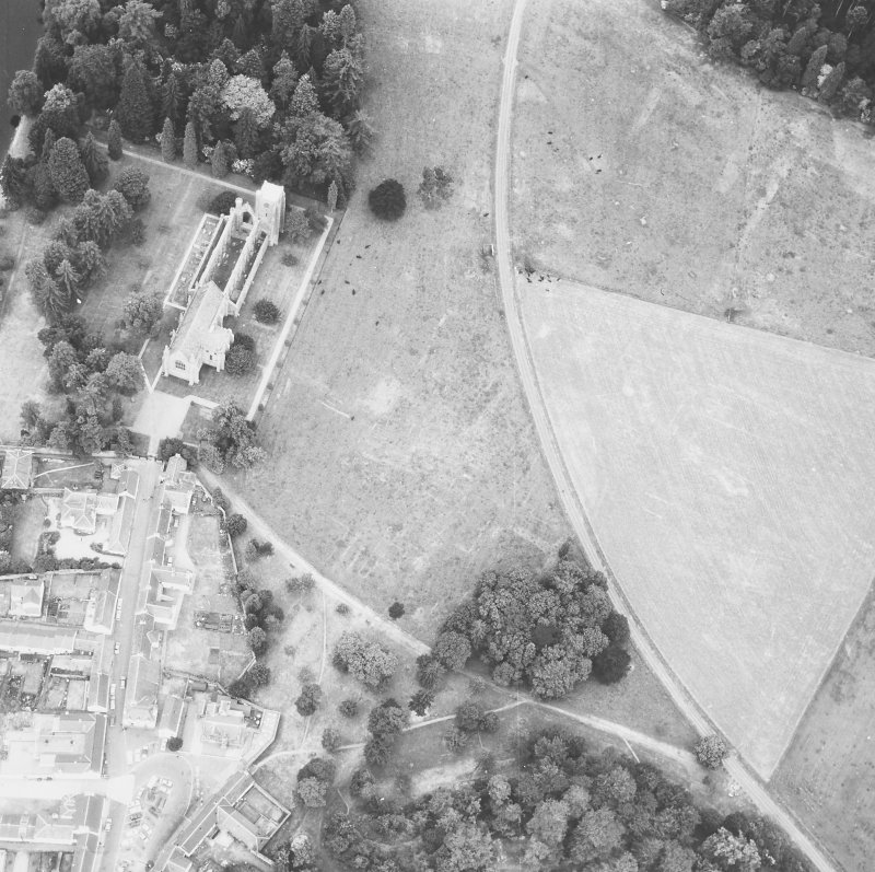 Dunkeld. General aerial view.