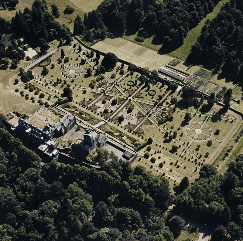 Drummond Castle, Garden. General aerial view of castle and garden.
