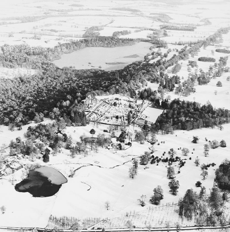 Drummond Castle, Formal Gardens and Policies, oblique aerial view, taken from the SW.