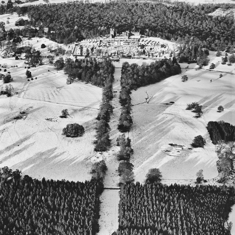 Drummond Castle, Formal Gardens and Policies, oblique aerial view, taken from the S.