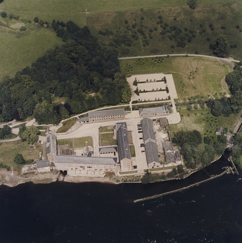 Oblique aerial view centred on the mill, taken from the SSW.