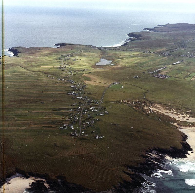 Oblique aerial view centred on the townships and remains of lazy beds, taken from the WNW.