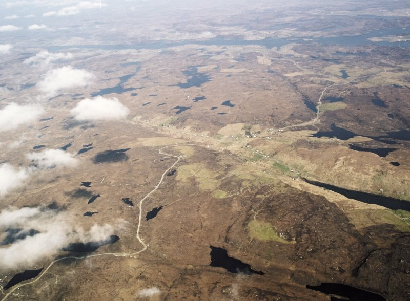 General oblique aerial view centred on the township, taken from the S.