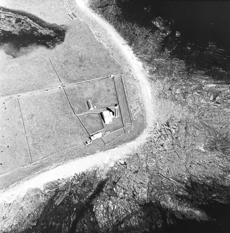 Oblique aerial view of Sanday, Start Point Lighthouse, lightkeeper's house and steading taken from the SSE