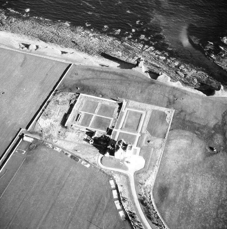 Aerial photograph showing old and new castles and nissen huts