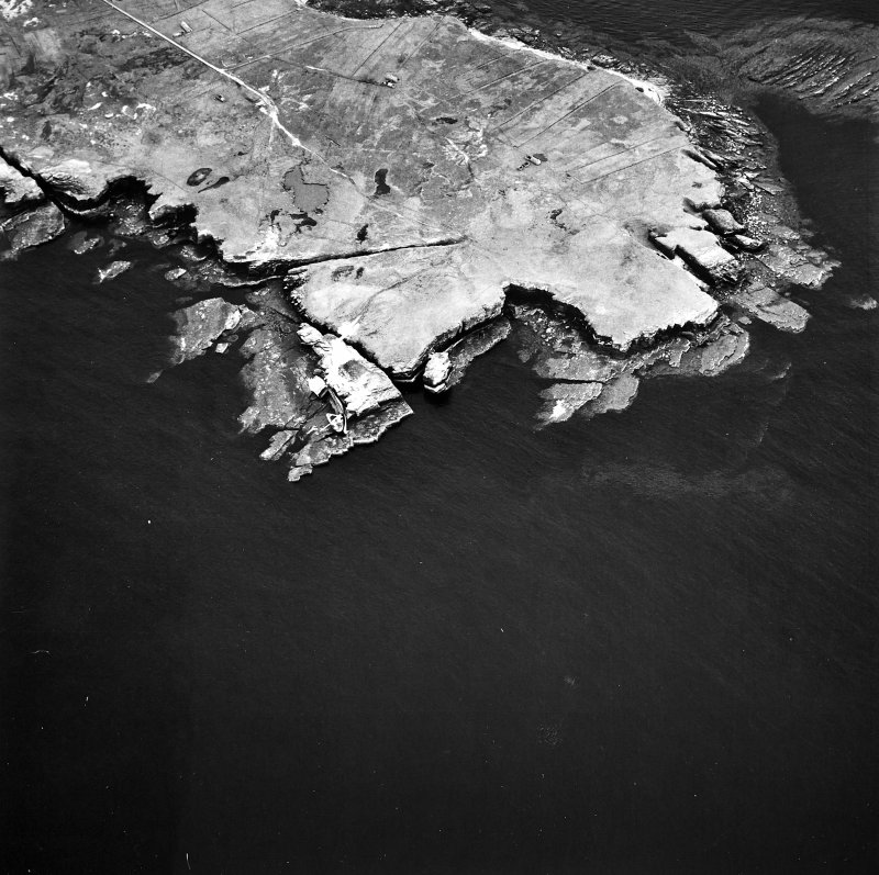 Stroma, oblique aerial view, taken from the NW, centred on Mell Head.