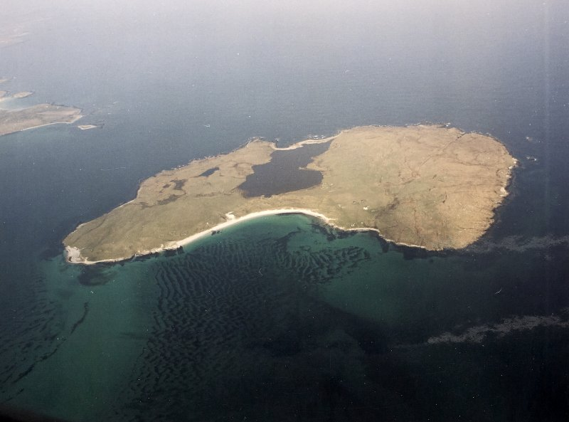 General oblique aerial view centred on the island of Boreray, taken from the E.