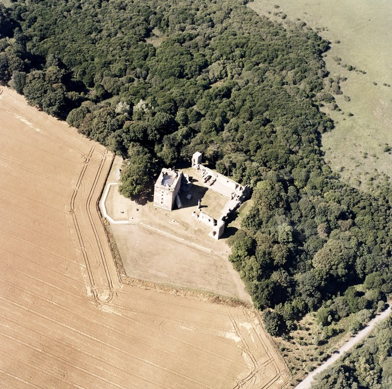 Oblique aerial view centred on the Bishop's Palace, taken from the SE.