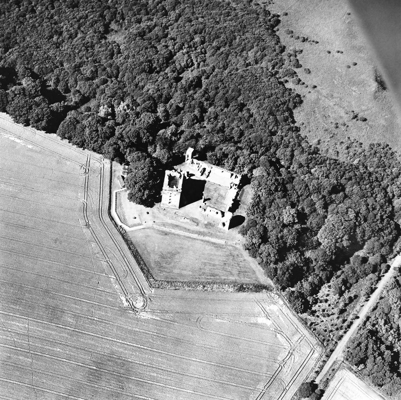 Oblique aerial view taken from the SSE, centred on the Bishop's Palace.