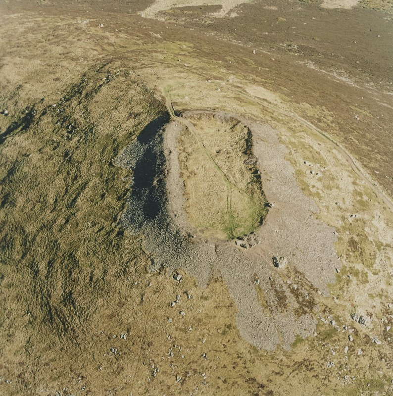 Oblique aerial view of Tap O' Noth vitrified fort, taken from the NW.