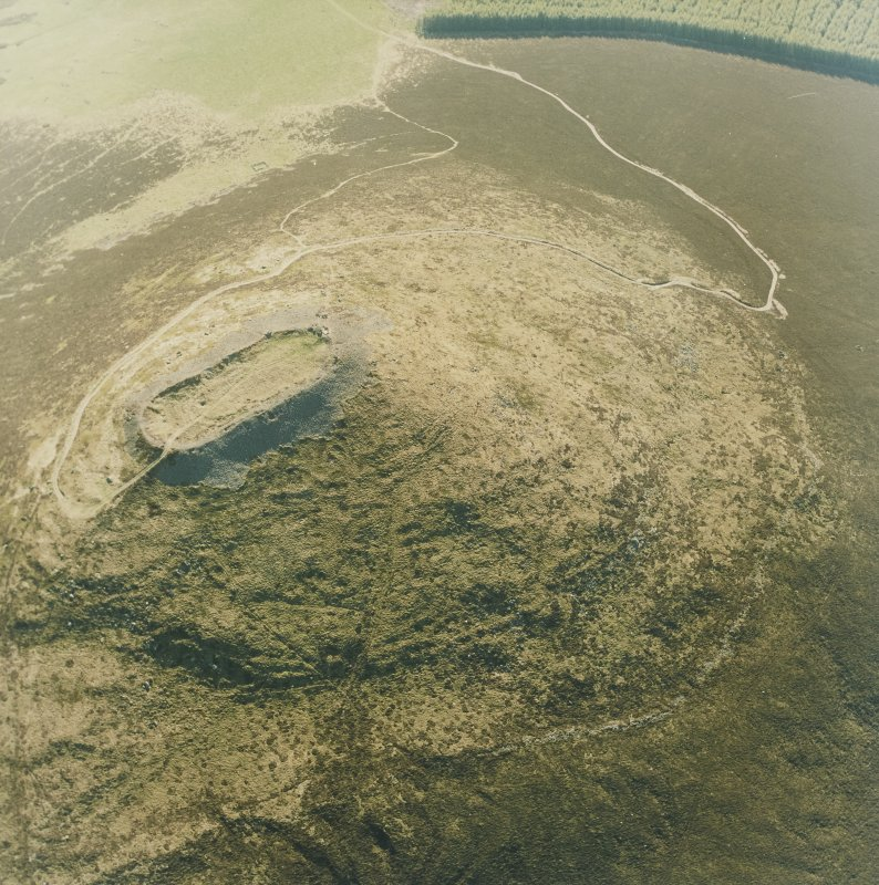 Oblique aerial view of Tap O' Noth vitrified fort, taken from the ENE.