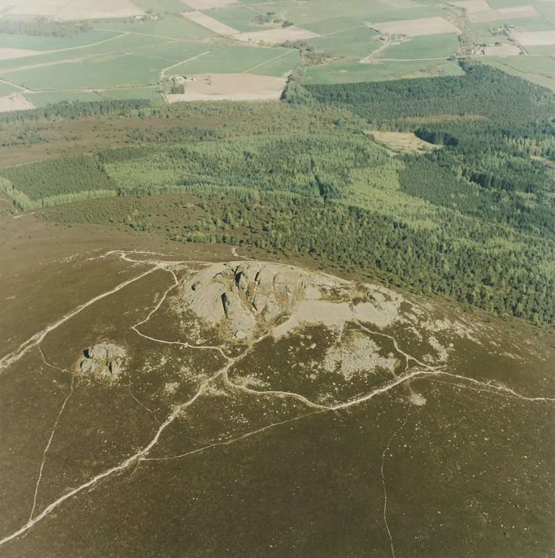 Oblique aerial view centred on the remains of the fort, taken from the W.