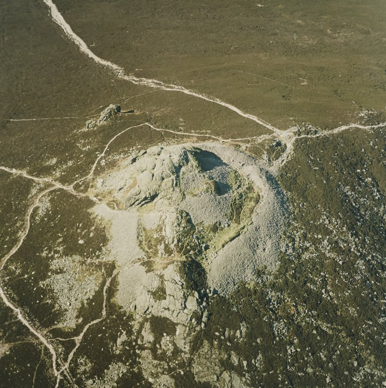 Oblique aerial view centred on the remains of the fort, taken from the S.